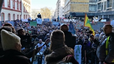 Protest against hydropower development draws thousands in Serbia