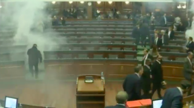 Kosovan MPs defy tear gas attack to ratify border demarcation deal with Montenegro
