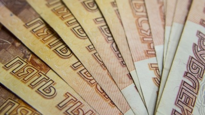 Russia's FinMin to promote ruble transactions, but promises not to force them on population