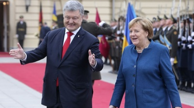 KRUK REPORT: Merkel gives Poroshenko an image bump with a trip to Kyiv