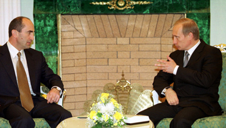 Vladimir_Putin_with_Robert_Kocharian-2.j
