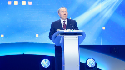 Nazarbayev steps down after three decades as president