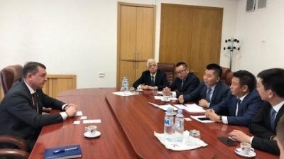 Chinese investor interested in developing free economic zone at Moldova's Marculesti airport