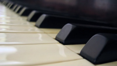 Political rift causes Europe's top acoustic piano producer to lose Chinese contract