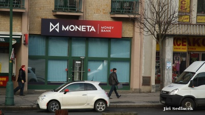 Czech billionaire Kellner´s PPF makes another bid for Moneta Money Bank