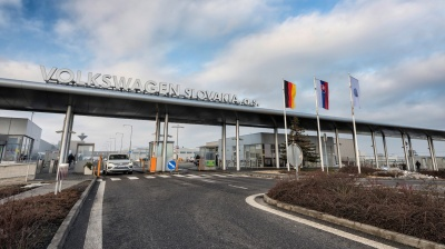 Volkswagen to invest €1bn to create 2,000 new jobs in Slovakia