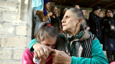 Armenians flee fighting in Karabakh