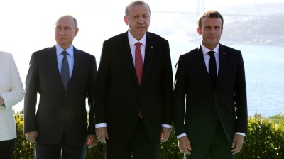 Macron accuses Erdogan of massively importing jihadists into Libya