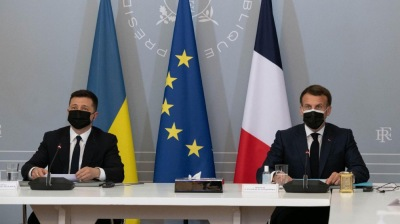 Zelenskiy meets Macron as Russia engages in a diplomatic dance over a possible Biden-Putin summit