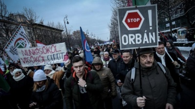 "Protesters keep up pressure over Hungary's ""slave law"""