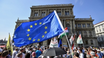Hungarian government tightens grip on Hungarian Academy of Sciences
