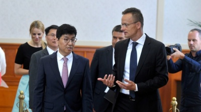 Electric car sector deals position South Korea as Hungary's top investor