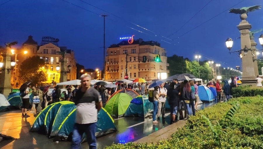bne IntelliNews - Standoff at the barricades in Bulgaria